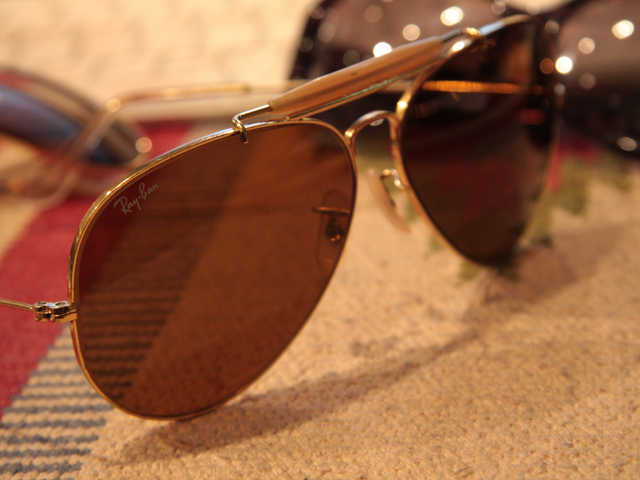 Sunglasses03.jpg